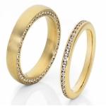 Geelgouden trouwring met aanschuifring 90 diamantjes van 0.008ct 46 van 0.008ct.