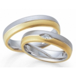 Tweekleurige trouwringen, mattering: geslepen. 0.06ct briljant