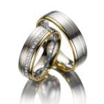 Trouwringen-damesring 15 diamanten 0.01 ct briljantslijpsel