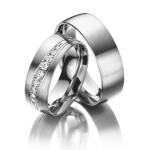 Trouwringen mooie zetting met 9 diamanten totaal 0.115 ct