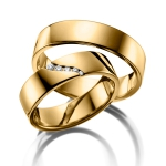 Apart model geel gouden trouwringen van Acredo 5 diamanten
