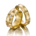 Trouwringen diabolo model 14 krt geel goud 0.08ct diamant